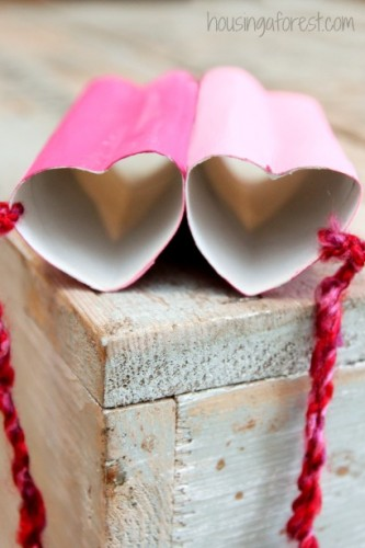 Heart-Shaped-Binoculars-Valentine-craft-ideas-4