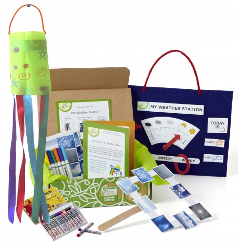 Looking for educational toys, science kits, monthly crafts for kids, monthly subscriptions for kids, a monthly craft box or kids craft subscription? Green Kid Crafts, kids craft subscription and maker of the best subscription boxes, including award-winning arts and craft subscription boxes and best monthly subscription boxes, has created this awesome Weather Science craft and science box for kids.
