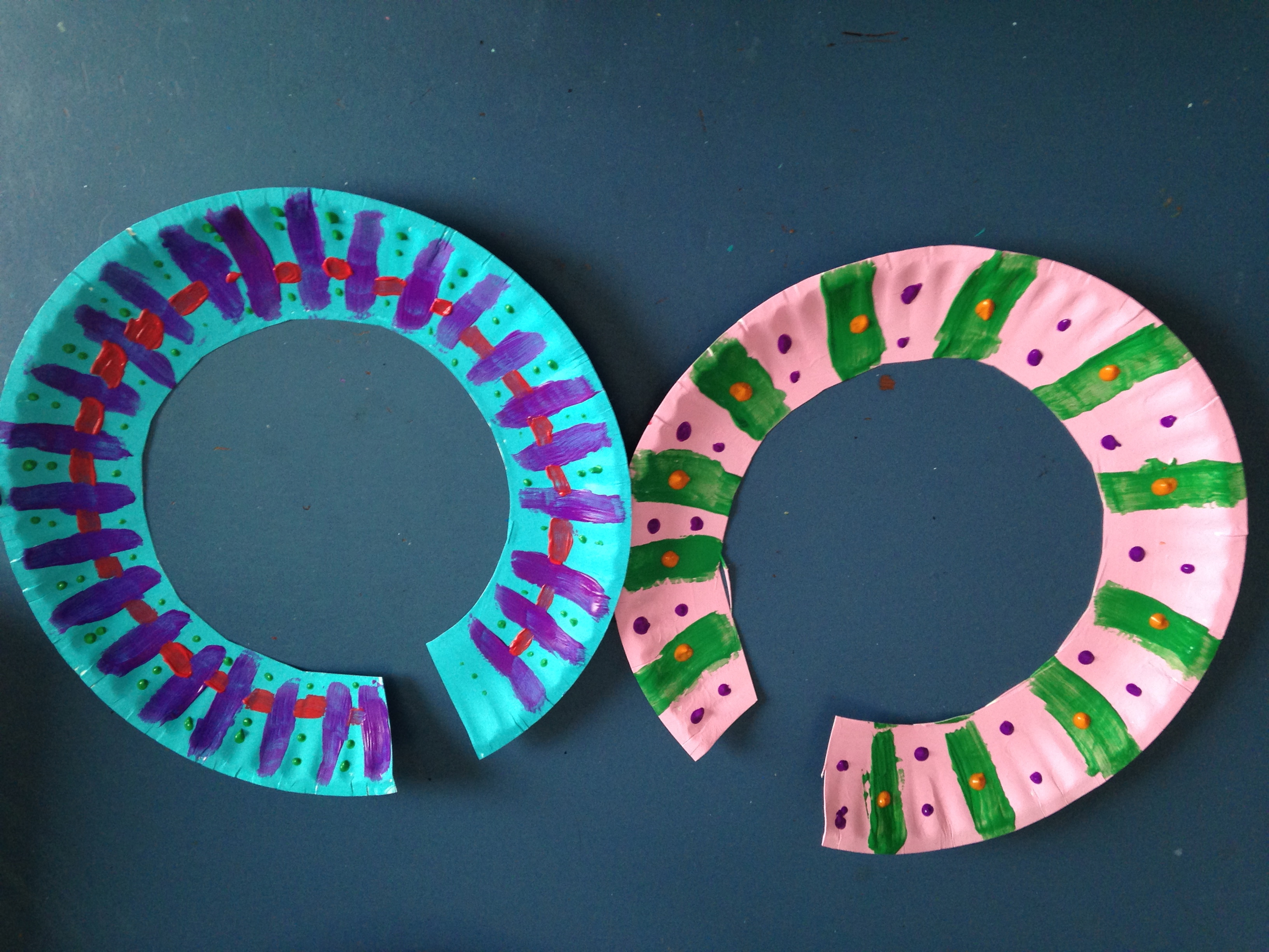 african paper plate necklace green kid crafts