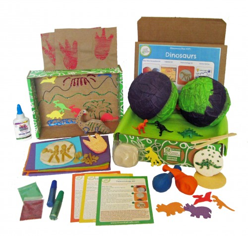 Looking for educational toys, science kits, monthly crafts for kids, monthly subscriptions for kids, a monthly craft box or kids craft subscription? Green Kid Crafts, kids craft subscription and maker of the best subscription boxes, including award-winning arts and craft subscription boxes and best monthly subscription boxes, has created this awesome Dinosaur science box for kids.
