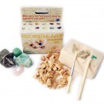 Looking for educational toys, science kits, monthly crafts for kids, monthly subscriptions for kids, a monthly craft box or kids craft subscription? Green Kid Crafts, kids craft subscription and maker of the best subscription boxes, including award-winning arts and craft subscription boxes and best monthly subscription boxes, has created this awesome Gemstone Excavation science kit for kids.