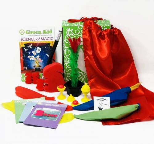 Looking for educational toys, science kits, monthly crafts for kids, monthly subscriptions for kids, a monthly craft box or kids craft subscription? Green Kid Crafts, kids craft subscription and maker of the best subscription boxes, including award-winning arts and craft subscription boxes and best monthly subscription boxes, has created this awesome Science of Magic science box for kids.